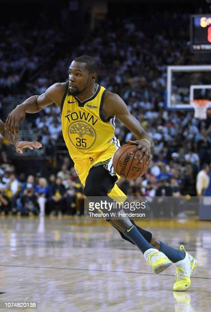 Kevin Durant of the Golden State Warriors drives towards the basket against the Los Angeles Lakers during the second half of their NBA Basketball...