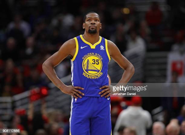 Kevin Durant of the Golden State Warriors walks up the court against the Chicago Bulls at the United Center on January 17 2018 in Chicago Illinois...