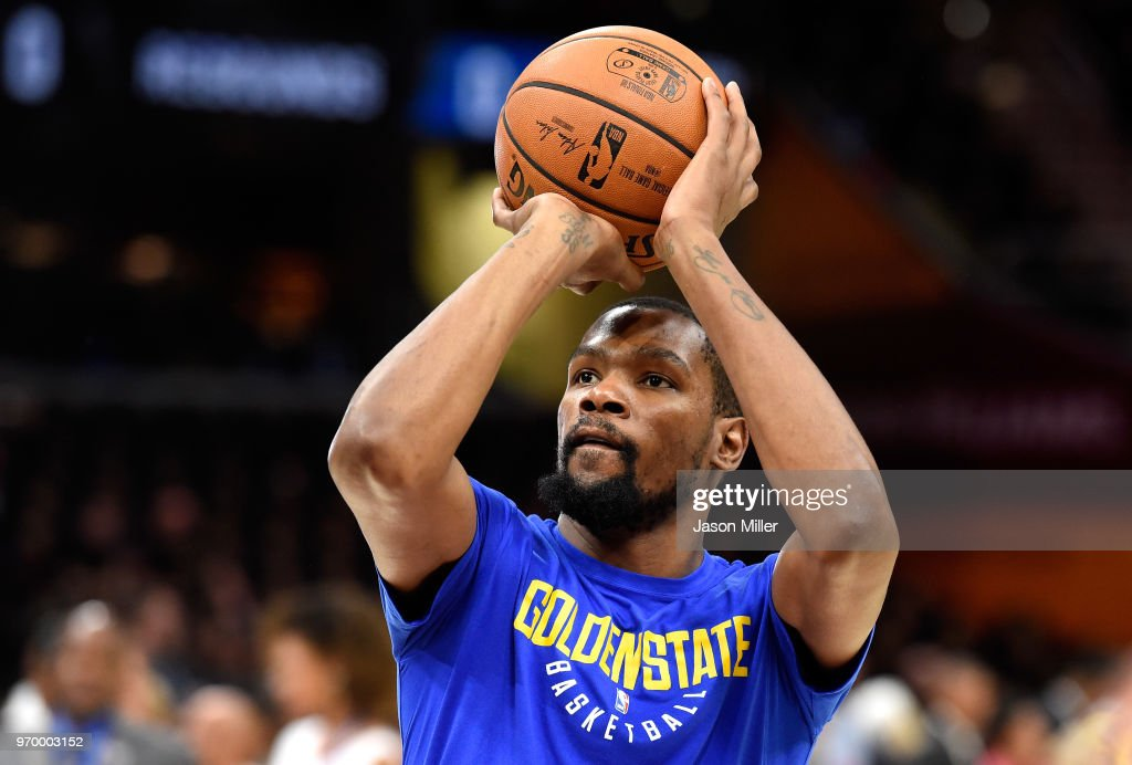 Kevin Durant #35 of the Golden State Warriors warms up before Game Four of the 2018 NBA Finals against the Cleveland Cavaliers at Quicken Loans Arena on June 8, 2018 in Cleveland, Ohio.
