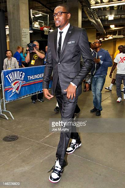 Kevin Durant of the Oklahoma City Thunder arrives to play against the Miami Heat in Game One of the 2012 NBA Finals at Chesapeake Energy Arena on...