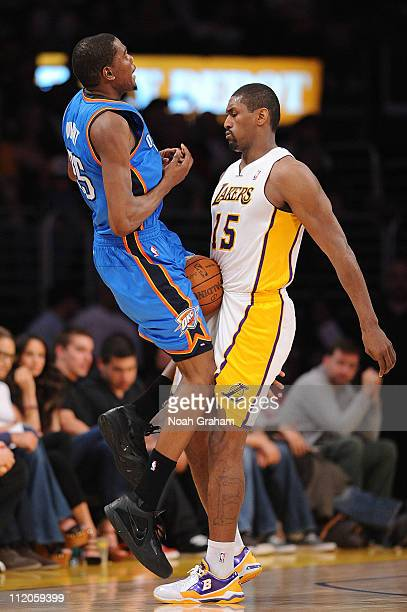 Kevin Durant of the Oklahoma City Thunder loses the ball against Ron Artest of the Los Angeles Lakers at Staples Center on April 10, 2011 in Los...