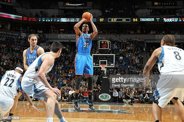 Kevin Durant of the Oklahoma City Thunder shoots against the Minnesota Timberwolves on January 26 2011 at Target Center in Minneapolis Minnesota NOTE...
