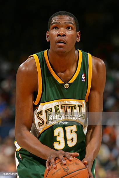 Kevin Durant of the Seattle SuperSonics prepares to make a shot during the NBA game against the Golden State Warriors on April 16 2008 at Oracle...