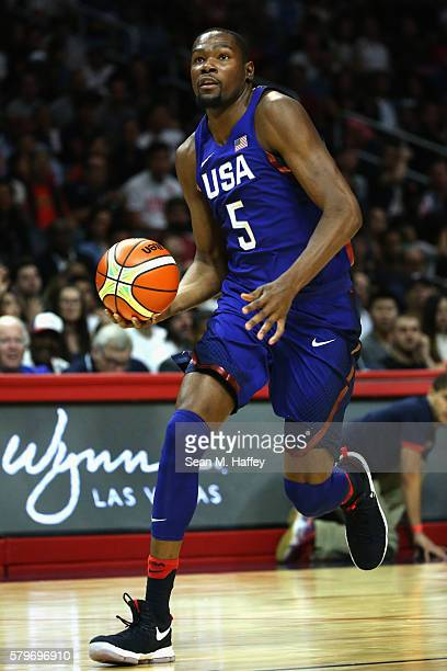 Kevin Durant of the United States dribbles upcourt against China during the second half of a USA Basketball showcase exhibition game at Staples...