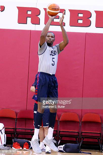 Kevin Durant of the USA Basketball Men's National Team shoots during practice on July 20 2016 at Mendenhall Center on the University of Nevada Las...