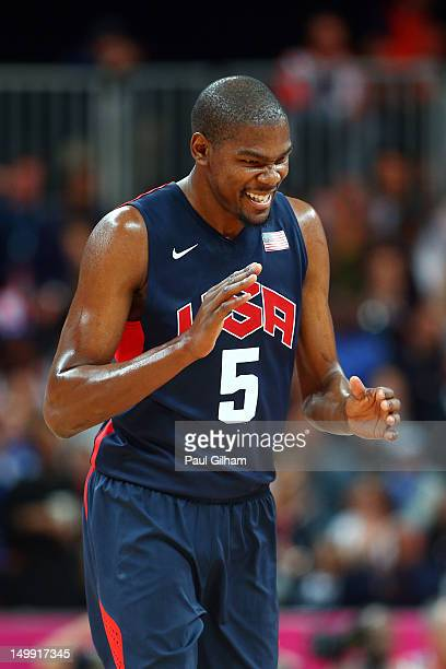 Kevin Durant of United reacts after a play against Argentina during the Men's Basketball Preliminary Round match on Day 10 of the London 2012 Olympic...