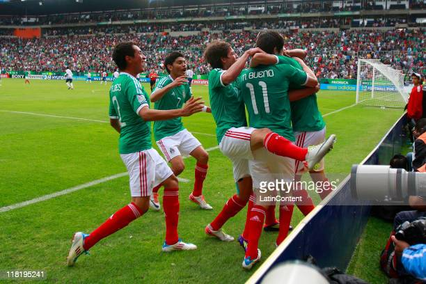 Kevin Escamilla, of Mexico, celebrates with teammates a scored goal against France during the FIFA U17 World Cup Mexico 2011 Quarter Final match...