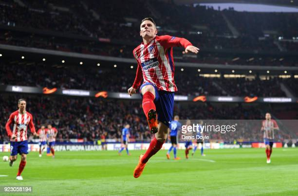 Kevin Gameiro of Athletico Madrid celebrates scoring the first goal during UEFA Europa League Round of 32 match between Atletico Madrid and FC...