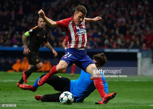 Kevin Gameiro of Atletico de Madrid scoring his team's second goal during the UEFA Champions League group C match between Atletico Madrid and AS Roma...