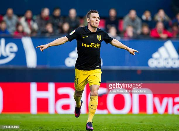 Kevin Gameiro of Atletico Madrid celebrates after scoring his team's second goal during the La Liga match between CA Osasuna and Atletico Madrid at...