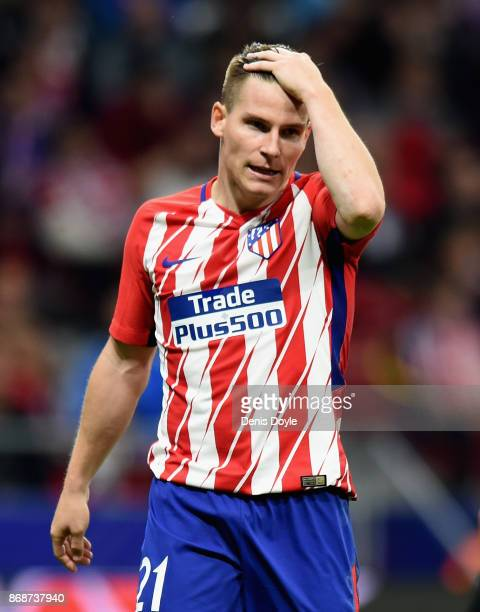 Kevin Gameiro of Atletico Madrid looks on during the UEFA Champions League group C match between Atletico Madrid and Qarabag FK at Estadio Wanda...