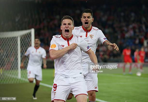 Kevin Gameiro of Sevilla celebrates scoring his team's first goal during the UEFA Europa League Final match between Liverpool and Sevilla at St...