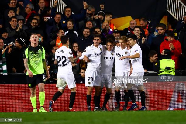 Kevin Gameiro of Valencia CF celebrate after scoring the 10 goal with his teammate during round of 32 Second leg of UEFA Europa league match between...
