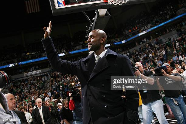 Kevin Garnett of the Boston Celtics greets fans prior to the game against the Minnesota Timberwolves at the Target Center February 8, 2008 in...