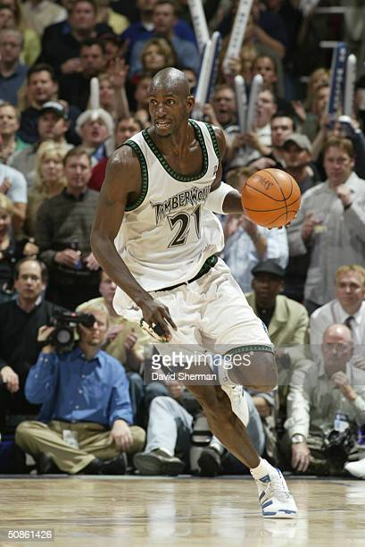 Kevin Garnett of the Minnesota Timberwolves drives against the Sacramento Kings in Game five of the Western Conference Semifinals during the 2004 NBA...