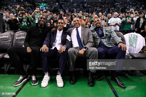 Kevin Garnett Rajon Rondo of the New Orleans Pelicans Head Coach Doc River of the LA Clippers and former player Paul Pierce enjoy the game between...