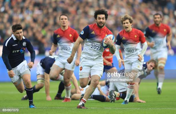 Kevin Gourdon of France makes a break during the RBS Six Nations match between France and Scotland at Stade de France on February 12 2017 in Paris...