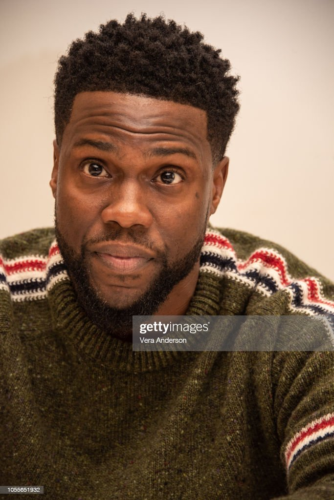 'The Upside' Press Conference : News Photo