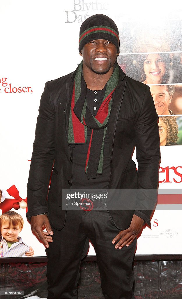 Kevin Hart attends the World Premiere of 'Little Fockers' at the Ziegfeld Theatre on December 15, 2010 in New York City.