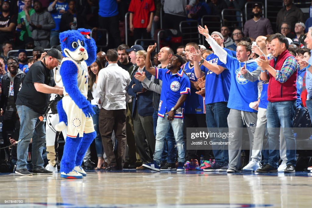 Kevin Hart cheers during the game between Miami Heat and Philadelphia 76ers in Game Two of Round One of the 2018 NBA Playoffs on April 16, 2018 in Philadelphia, Pennsylvania