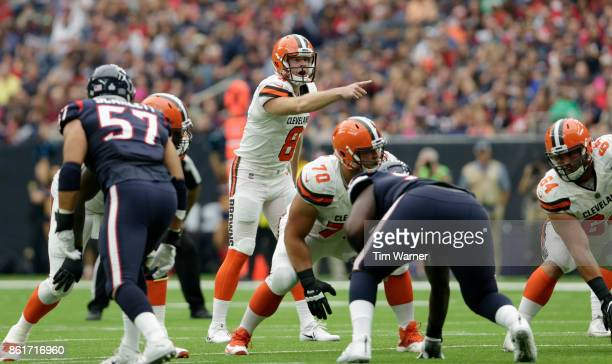 Kevin Hogan of the Cleveland Browns signals at the line of scrimmage in the first quarter against the Houston Texans at NRG Stadium on October 15...