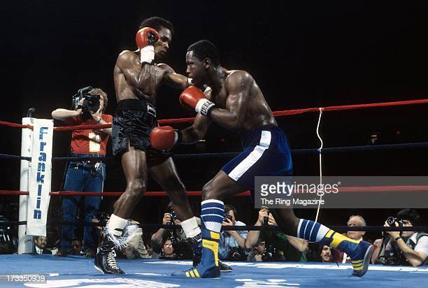 Kevin Howard moves to throw a punch against Sugar Ray Leonard during the fight at the DCU Center in Worcester Massachusetts Sugar Ray Leonard won by...