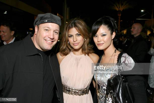 Kevin James Eva Mendes and Steffiana De La Cruz *EXCLUSIVE*
