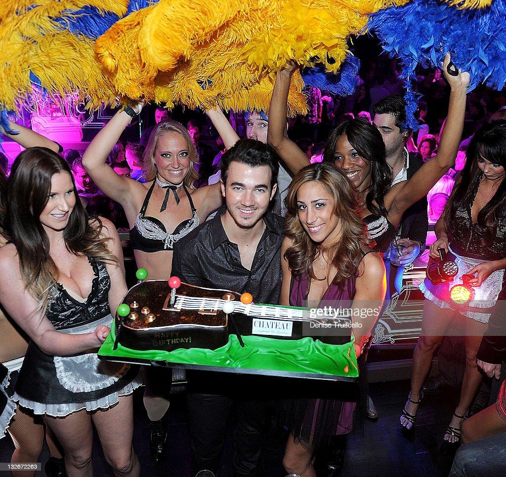 Kevin Jonas and Danielle Deleasa celebrate Kevin Jonas' birthday at Chateau Nightclub & Gardens on November 12, 2011 in Las Vegas, Nevada.