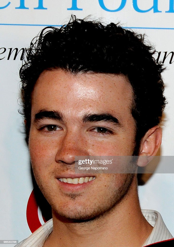 Kevin Jonas attends the 11th Annual T.J. Martell Foundation Family Day benefit on April 18, 2010 in New York City.