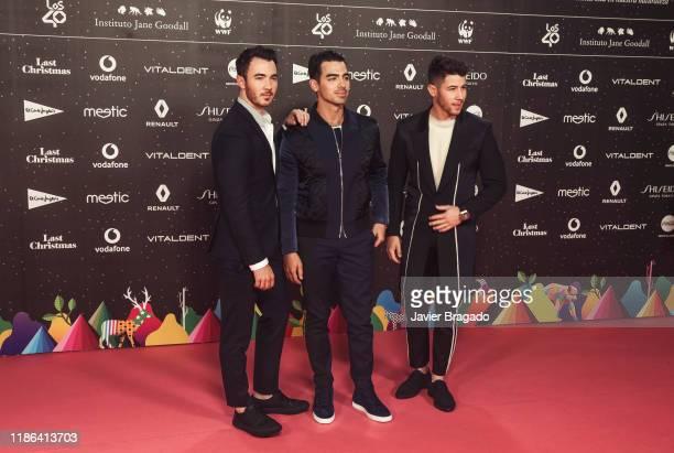 Kevin Jonas Joe Jonas and Nick Jonas of Jonas Brothers attend 'Los40 music awards 2019' photocall at Wizink Center on November 08 2019 in Madrid Spain