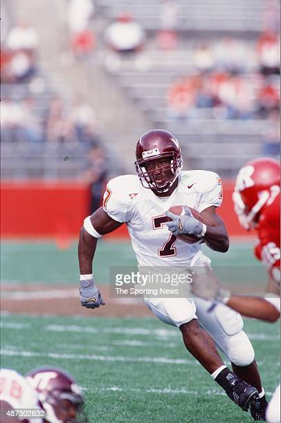 Kevin Jones of the Virginia Tech Hokies runs with the ball against the Rutgers Scarlet Knights on September 22 2001