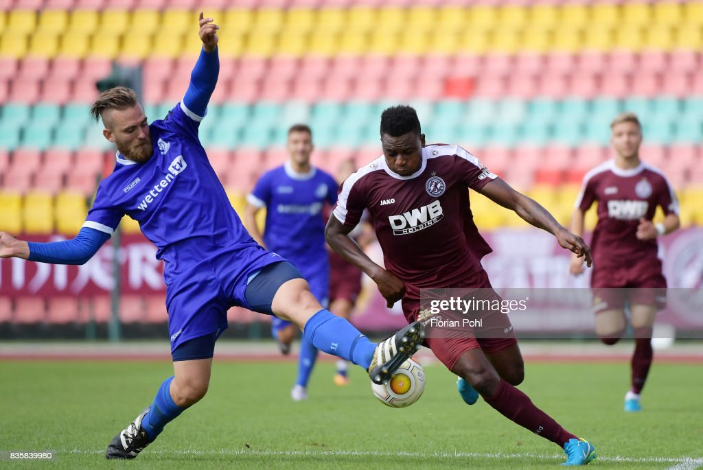 Kevin Kahlert of VSG Altglienicke and Solomon Okoronkwo of BFC Dynamo during the game between BFC Dynamo Berlin and VSG Altglienicke on august 20, 2017 in Berlin, Germany.