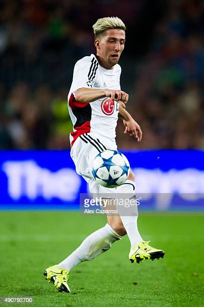 Kevin Kampl of Bayer 04 Leverkusen controls the ball during the UEFA Champions League Group E match between FC Barcelona and Bayern 04 Leverkusen at...