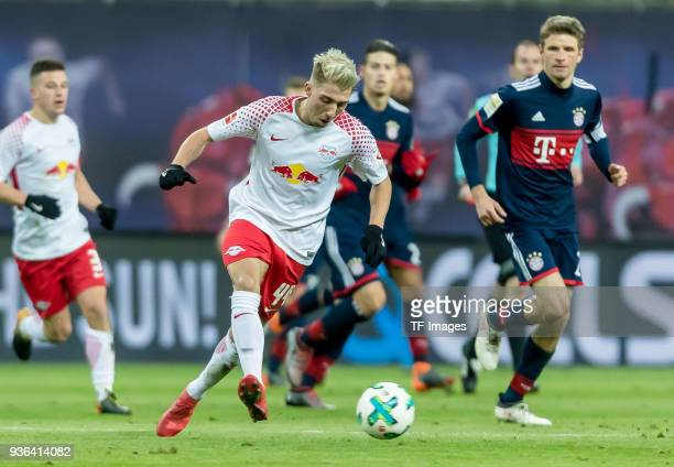 Kevin Kampl of Leipzig controls the ball during the Bundesliga match between RB Leipzig and FC Bayern Muenchen at Red Bull Arena on March 18 2018 in...