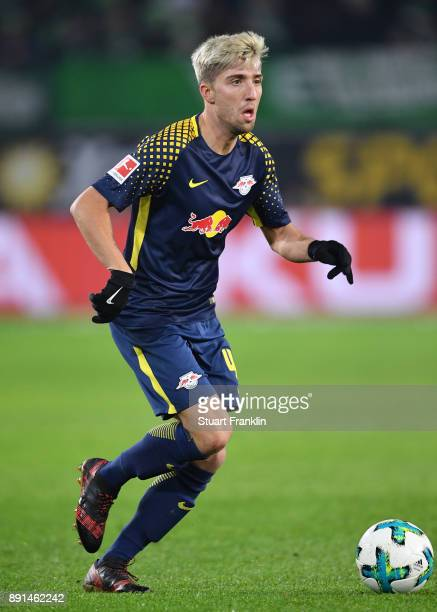 Kevin Kampl of Leipzig in action during the Bundesliga match between VfL Wolfsburg and RB Leipzig at Volkswagen Arena on December 12 2017 in...
