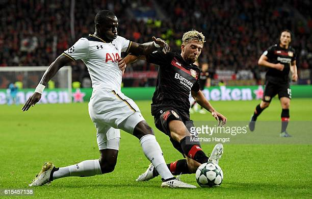 Kevin Kampl of Leverkusen and Moussa Sissoko of Tottenham battle for the ball during the UEFA Champions League group E match between Bayer 04...