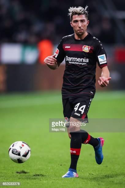 Kevin Kampl of Leverkusen controls the ball during the Bundesliga match between Bayer 04 Leverkusen and Werder Bremen at BayArena on March 10 2017 in...