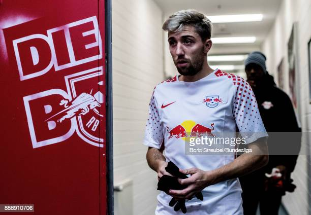 Kevin Kampl of RB Leipzig looks on during the Bundesliga match between RB Leipzig and 1 FSV Mainz 05 at Red Bull Arena on December 9 2017 in Leipzig...