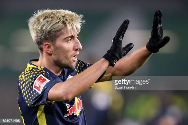 Kevin Kampl of RB Leipzig reacts during the Bundesliga match between VfL Wolfsburg and RB Leipzig at Volkswagen Arena on December 12 2017 in...