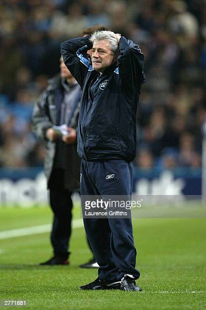 Kevin Keegan City Manager puts his hands to his head during the FA Barclaycard Premiership match between Manchester City and Middlesbrough at The...