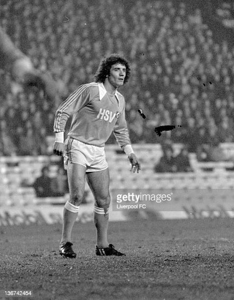 Kevin Keegan of Hamburg SV in action during the UEFA European Super Cup 2nd Leg match between Liverpool and Hamburg SV held on December 6 1977 at...