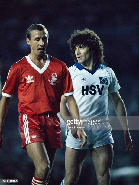 Kevin Keegan of Hamburg with Nottingham Forest captain John McGovern during the UEFA European Cup Final at the Bernabeu Stadium in Madrid, 28th May...