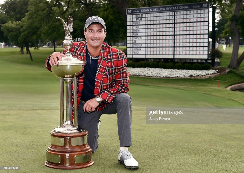 Kevin Kisner celebrates with the Leonard Trophy after winning the DEAN & DELUCA Invitational on May 28, 2017 in Fort Worth, Texas.