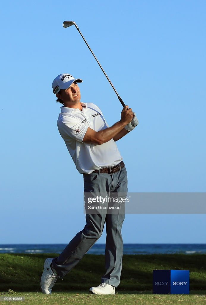 Kevin Kisner of the United States plays his shot from the 17th tee during round one of the Sony Open In Hawaii at Waialae Country Club on January 11, 2018 in Honolulu, Hawaii.