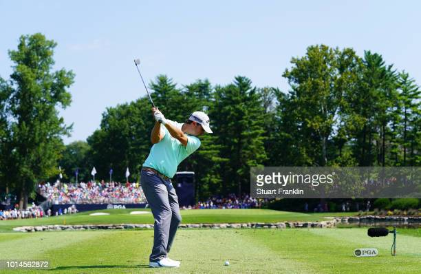 Kevin Kisner of the United States plays his shot from the third tee during the second round of the 2018 PGA Championship at Bellerive Country Club on...