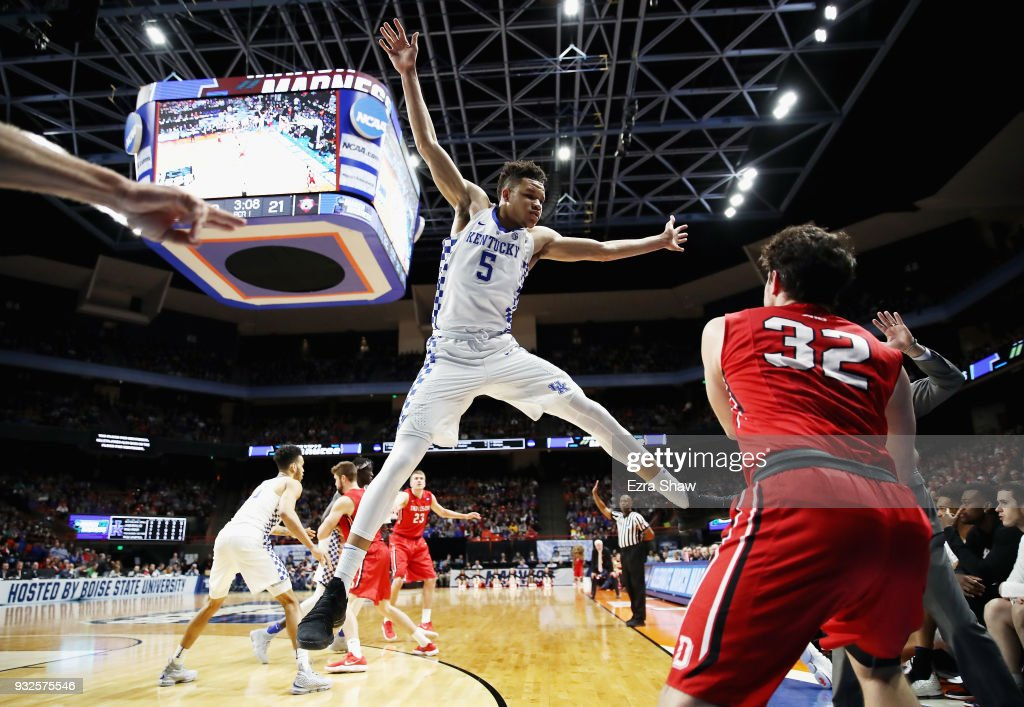 Kevin Knox #5 of the Kentucky Wildcats defends an inbounds pass by Rusty Reigel #32 of the Davidson Wildcats in the first half during the first round of the 2018 NCAA Men's Basketball Tournament at Taco Bell Arena on March 15, 2018 in Boise, Idaho.