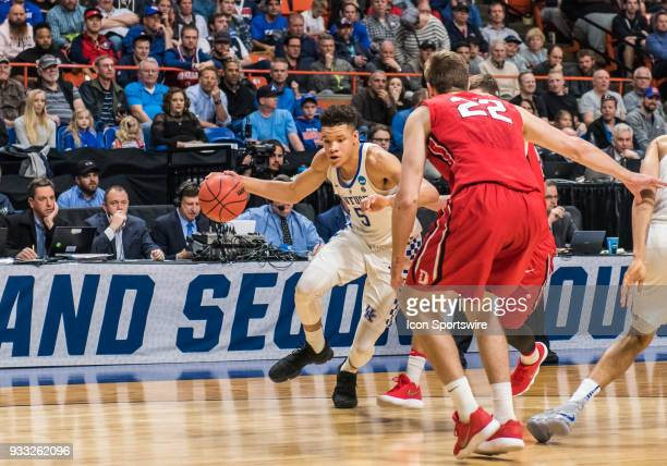 Kevin Knox of the Kentucky Wildcats moves in towards the basket during the NCAA Division I Men's Championship First Round game between the Kentucky...