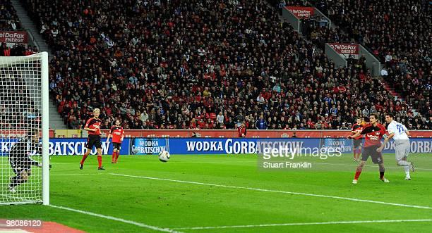 Kevin Kuranyi of Schalke scores his second goal during the Bundesliga match between Bayer 04 Leverkusen and FC Schalke 04 at BayArena on March 27...