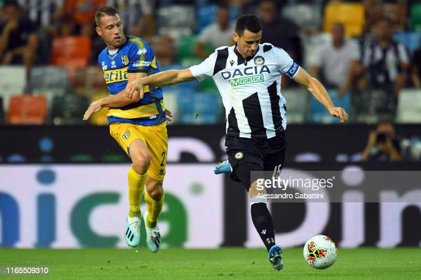 Kevin Lasagna of Udinese Calcio scores the opening goal during the Serie A match between Udinese Calcio and Parma Calcio at Stadio Friuli on...