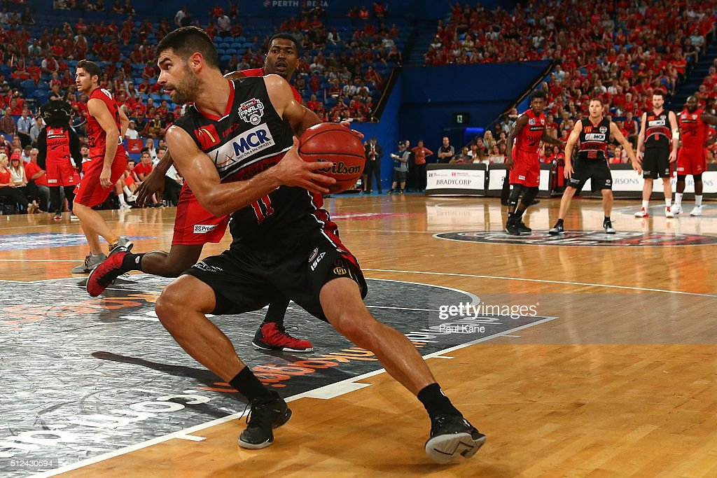 Kevin Lisch of the Hawks receives an in-bound pass during the NBL Semi Final match between Perth Wildcats and Illawarra Hawks at Perth Arena on February 26, 2016 in Perth, Australia.